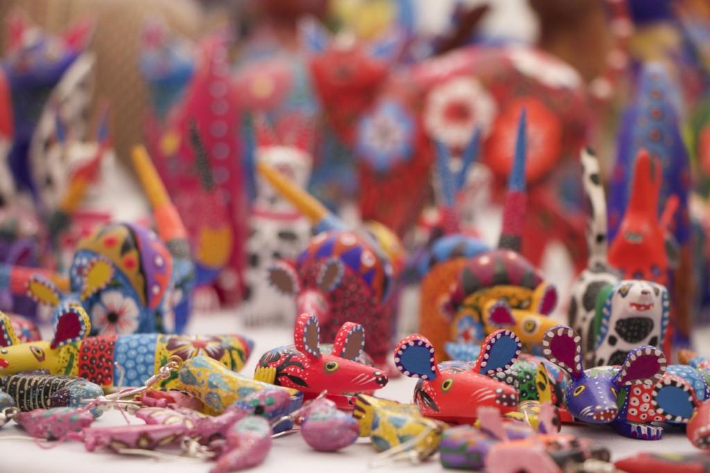 Comienza feria de artesanías hechas por mujeres - Líder Empresarial